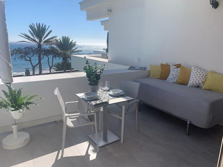 Neu eingerichtete Wohnung in 1. Reihe (Promenade)