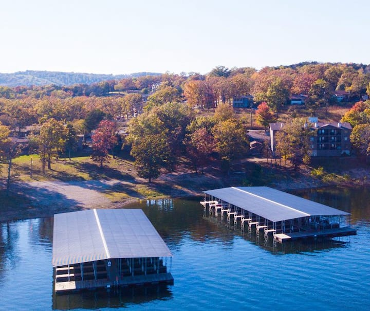 """""""Table Rock Lake Escape """"Reduced Rates 4/12-4/22 """""""