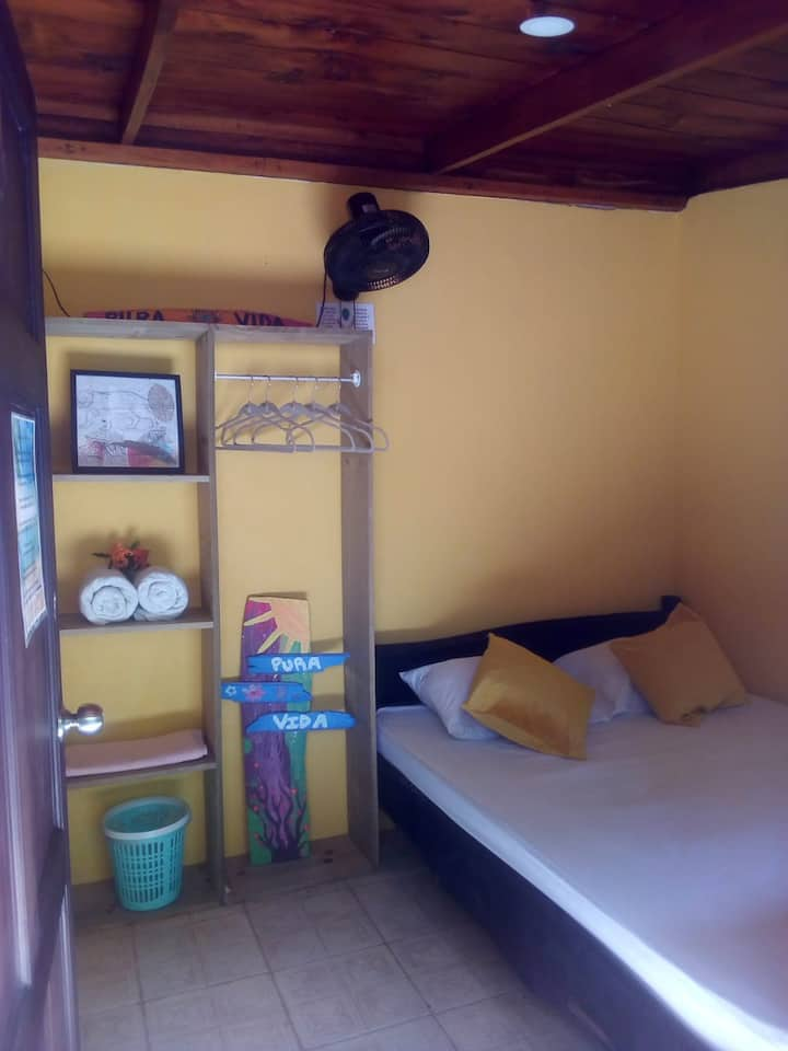 WACHACHA Dominical Beach Rooms SHORT & LONG Term 5