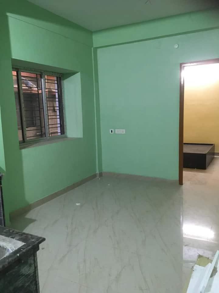 Modern Homestay- New 1 BHK Flat in Atabagan, Garia