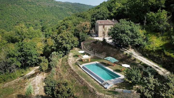 Villa Antorrita Farmhouse, infinity pool, ensuite