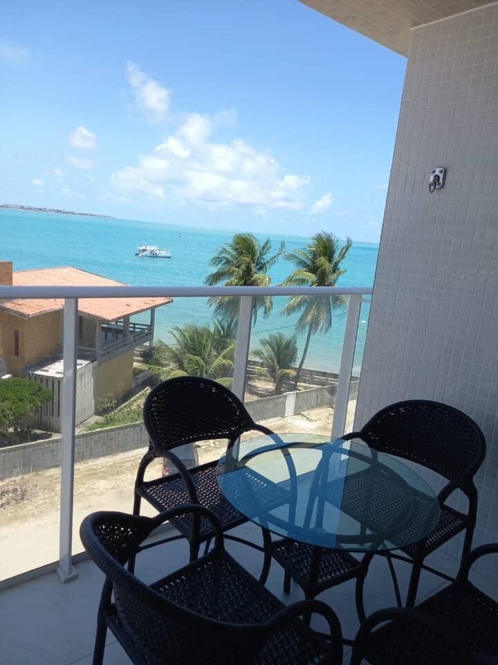 Branco Haus - Pé na areia - Caribessa