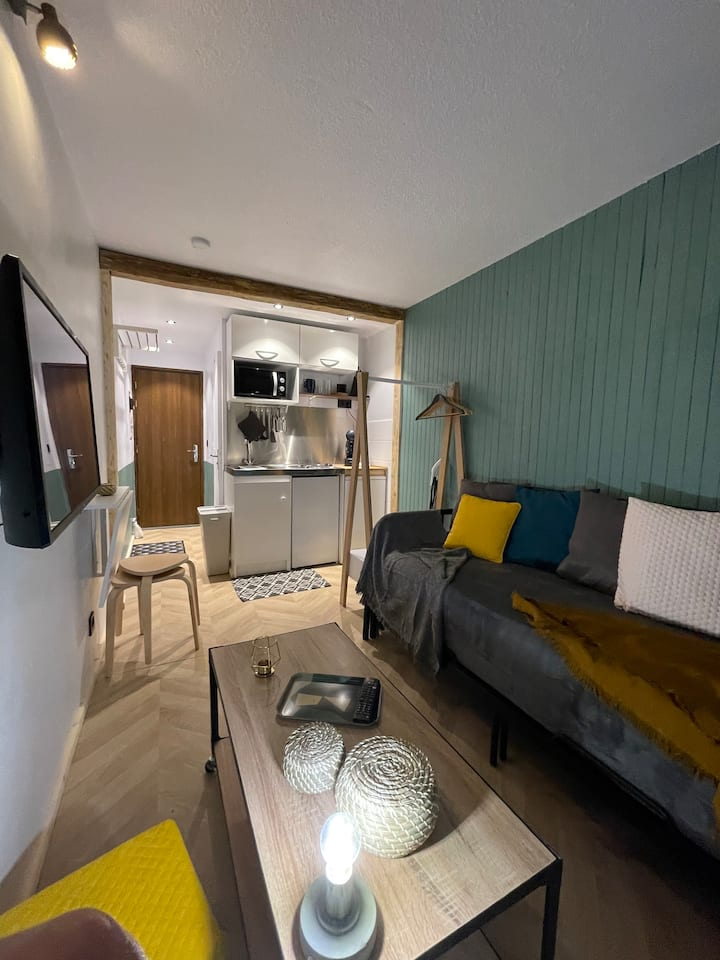 Studio cosy, bel emplacement Courchevel 1650