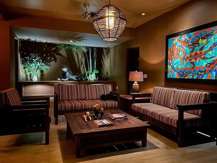 Contemporary Tropical Villa W/Private Pool