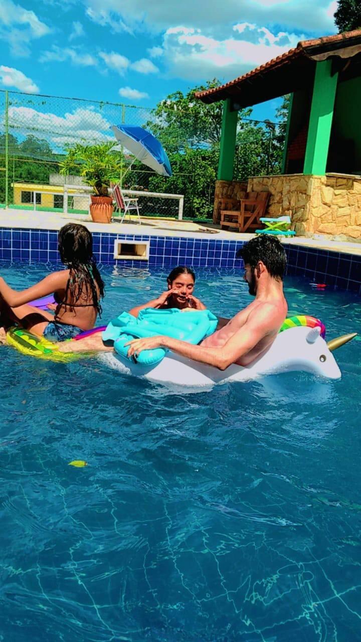 Day Use, piscina para grandes famílias, e eventos.