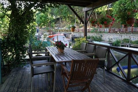 Luxury Apartment in a Garden by Göksu Stream
