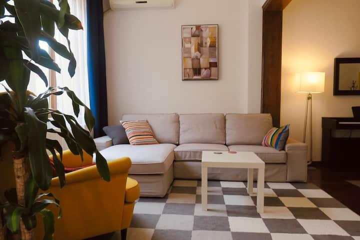 Private Room in Cihangir in a cozy flat