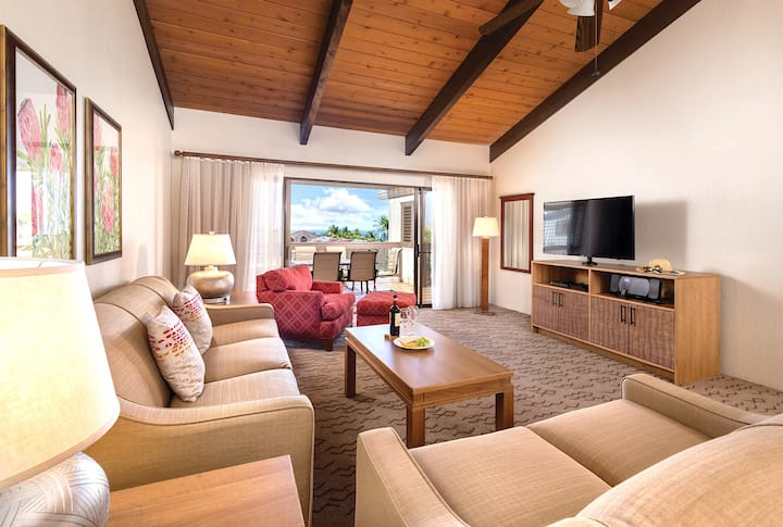 Deluxe 1BR Suite at Exclusive Kona Coast Resort