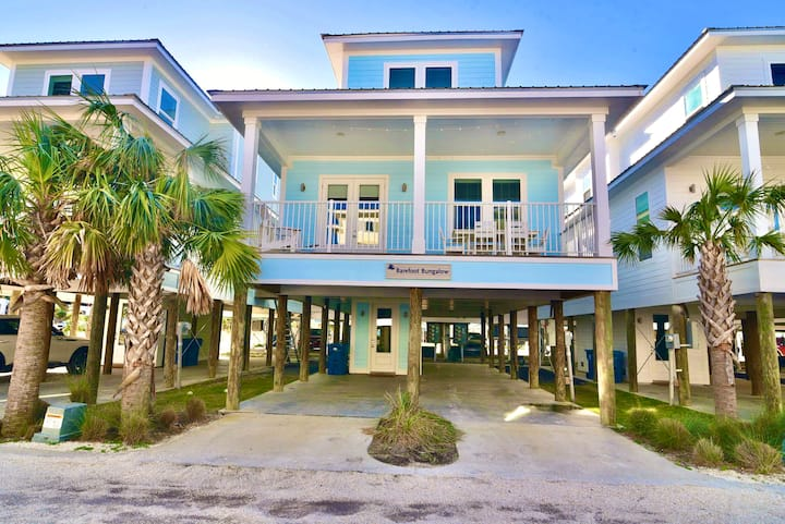 NEW Home w Pool/1min walk to sand/Dual King suites