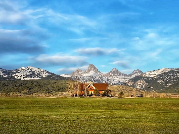 Peacock Ranch. Gorgeous lodge, gorgeous views!