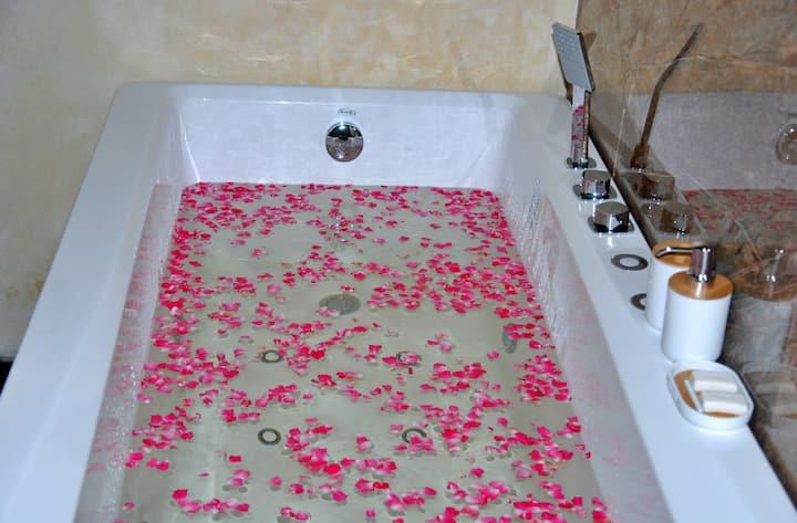 Cottage San Francesco Suite with Spa bath