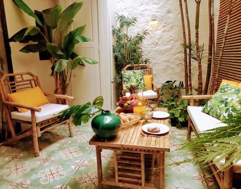 Romantic experience in old center La Orotava (2 p)
