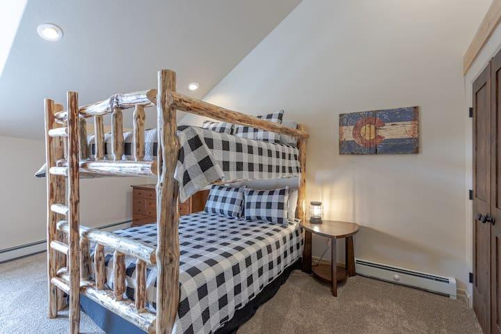 Bedroom 2 with Queen over Queen Bunkbeds