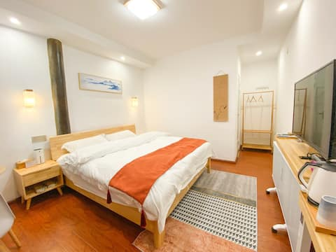 无尘中式大床房/停车位/旅游攻略/暖气