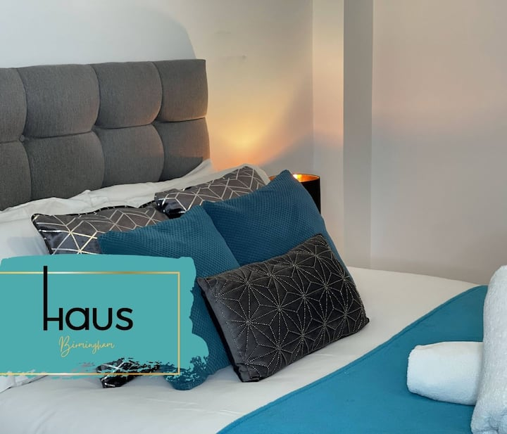 Haus Apartments Birmingham 1 Bedroom with Parking