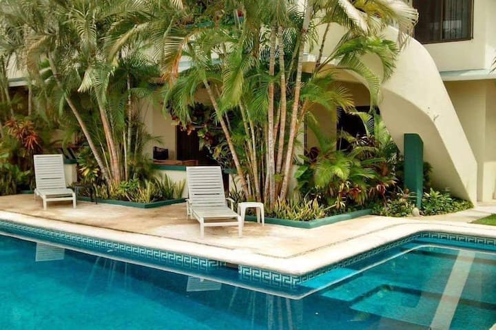 Tropical garden apartment.