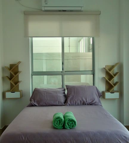 Master bedroom: double bed