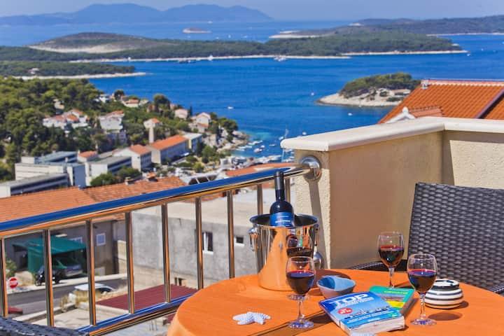 Luxury apartment 7P Sea View-Netflix-Reliable Wifi