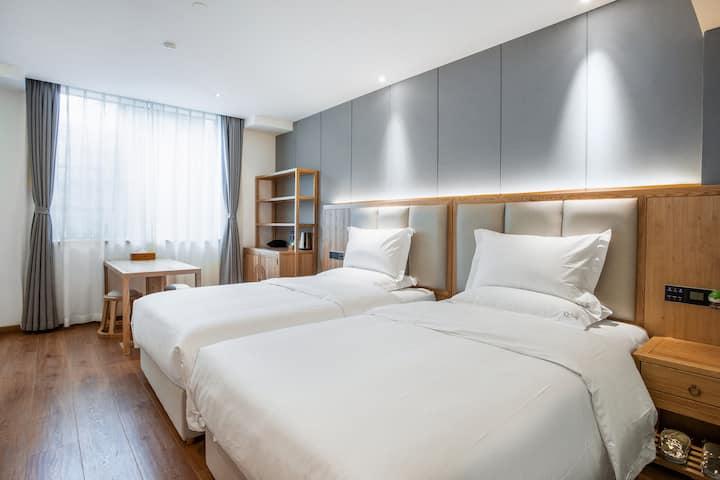 新房特惠【安丽阁】下楼即是春熙路太古里/打卡网红美食/日式清新风格/双床一居室