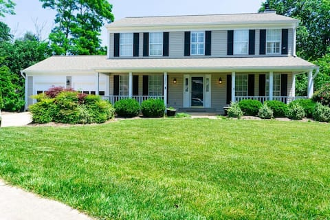 Charming 5BD Home,  Private Theatre , Games