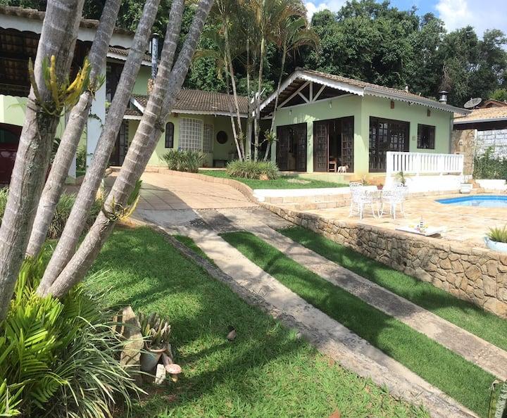 Casa inteira em Atibaia,  descanso e diversão