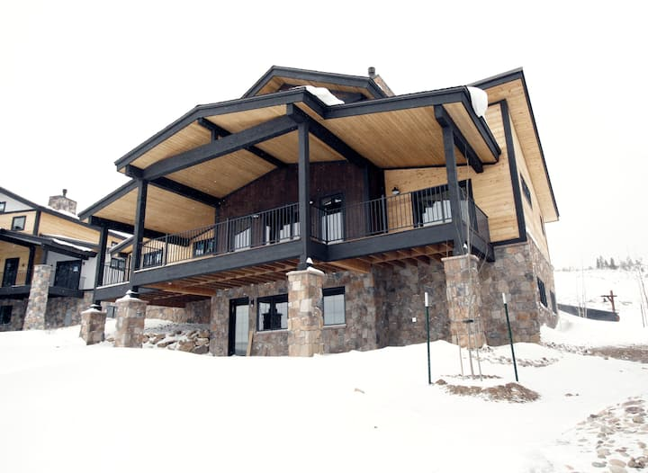 Lone Eagle Chalet at Granby Ranch - With Hot Tub!