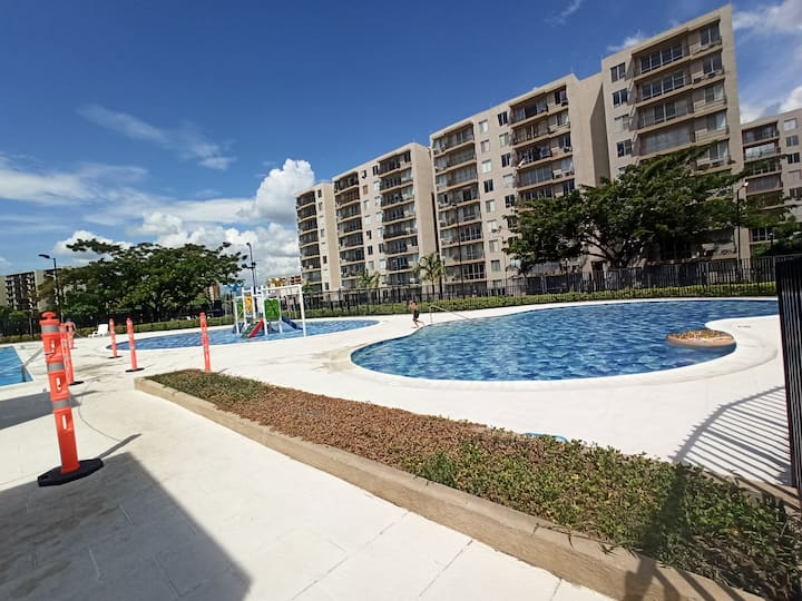 """Apartamento en Ricaurte """"conjunto con piscina"""" *"""