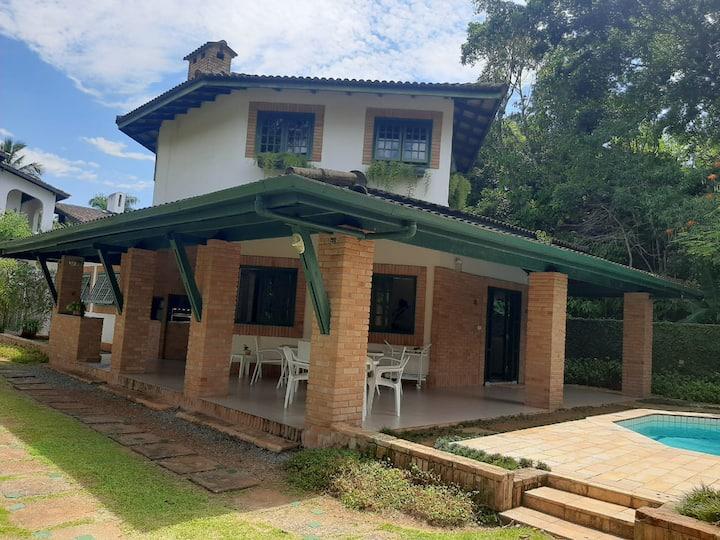 Casa Bela Confortável c/Piscina 150m Praia Juréia