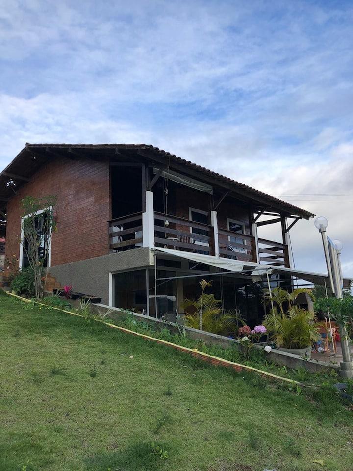 Refúgio de Serra Negra, Bezerros