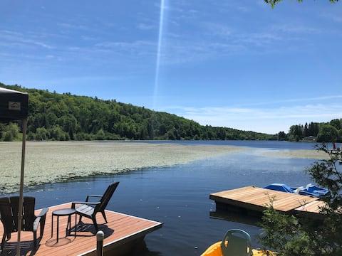 Au 4 Foyers 🌲 Bord de Lac & Spa ☀️ Kayak & Pédalo 🛶