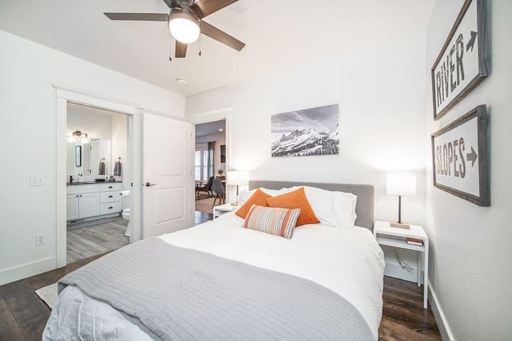Bedroom #2, one queen bed. Direct access to bathroom.