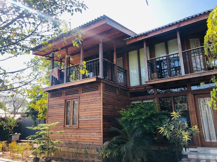 The Giving Tree, Sangaiprou - Room 2 With Balcony