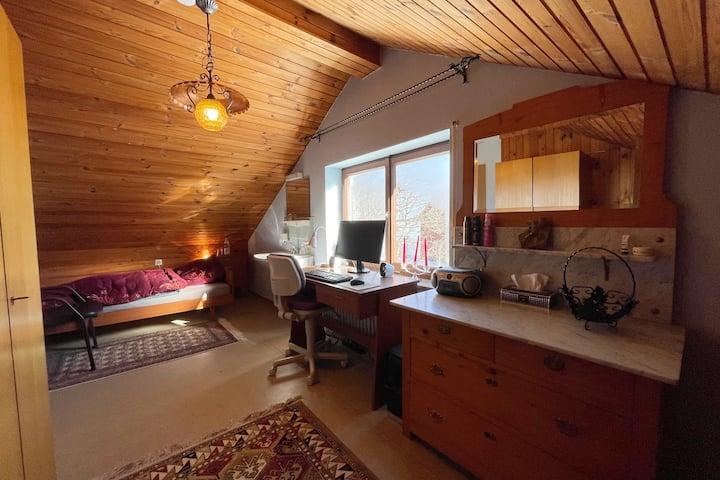 Rustikales Zimmer auf der schwäbischen Alb