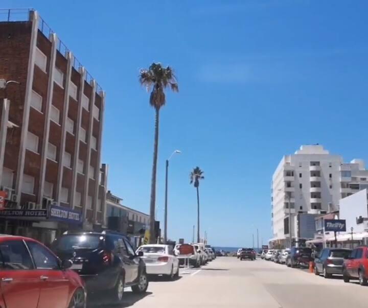 310-Habitacion C/ Baño, en pleno centro de Punta.