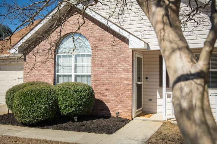 Updated Home & Convenient Location, min. from RAFB