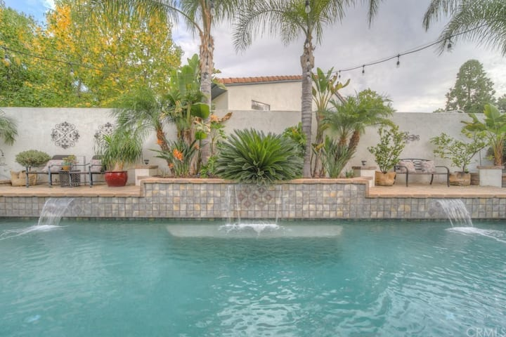 SoCal Lake House Retreat w/ Pool and Lake Access
