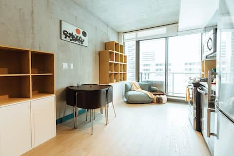 Minimalist Downtown Living for Professionals
