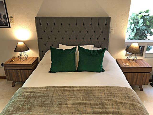 Suite 1, espaciosa con cama Queen size y terraza