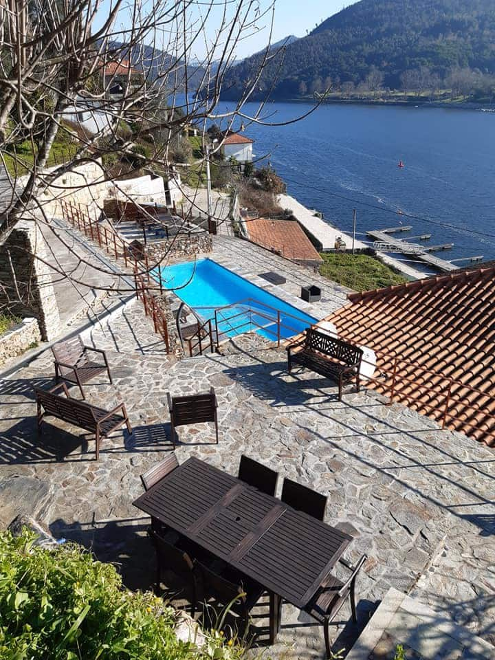 Villa XO Douro: 2 casas do rio