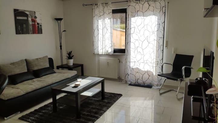 Schöne 2-Zimmer Wohnung in ruhiger zentraler Lage