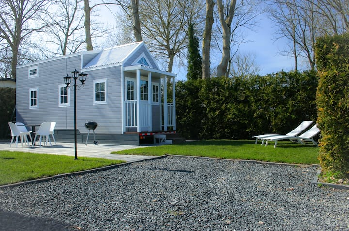 Tiny house 2021 op Friese Wadden