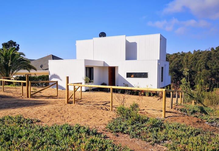 Hermosa casa en costa quilén