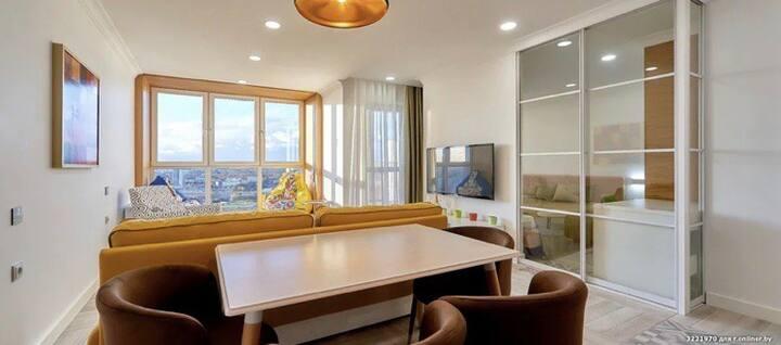 Панорамный вид с 23 этажа! С отдельной спальней!