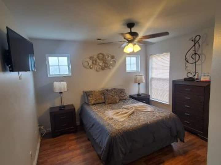 Private bedroom/Fully furnished - Charlotte, NC #3