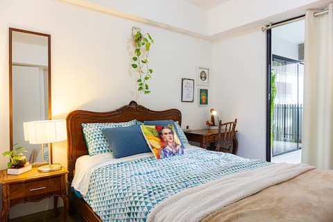 """Wasi"" Private room in Miraflores"