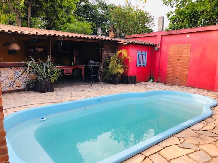 Casa em Duque de Caxias c piscina e churrasqueira