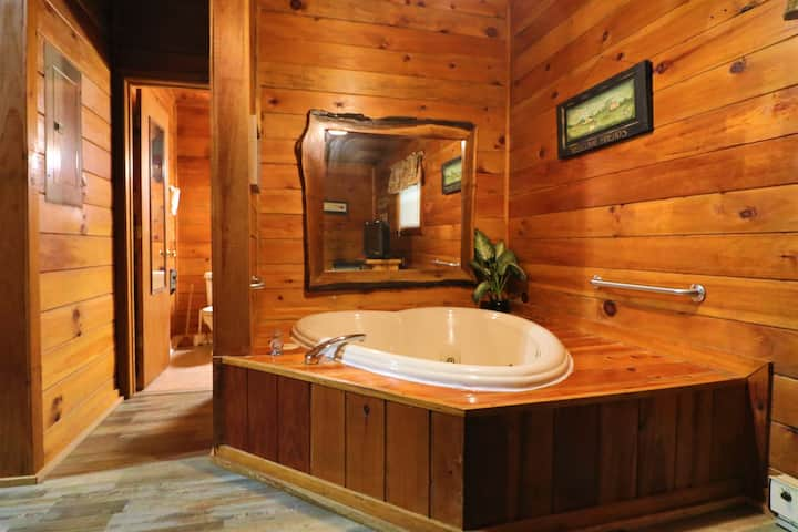 ♥ Alpine Mountain ♥Sweetheart Cabin W/Jacuzzi♥ #6