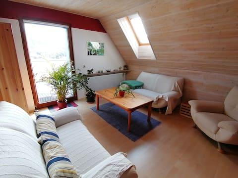 Freundliche, helle Komplettwohnung nahe Friedberg