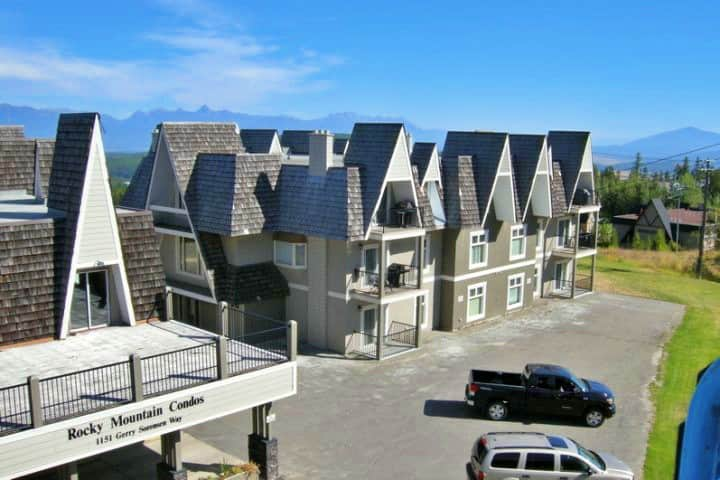 Slope Side Condo | Sensational  Views & Location
