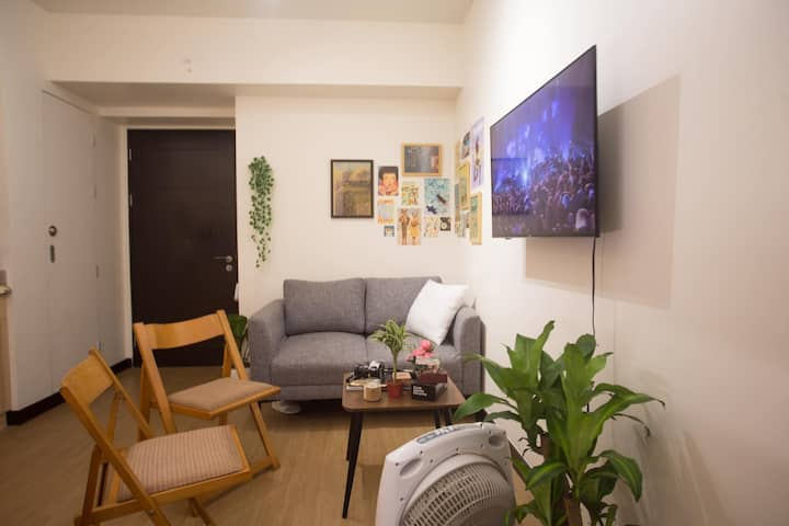 Cozy Staycation Space in Paranaque near NAIA